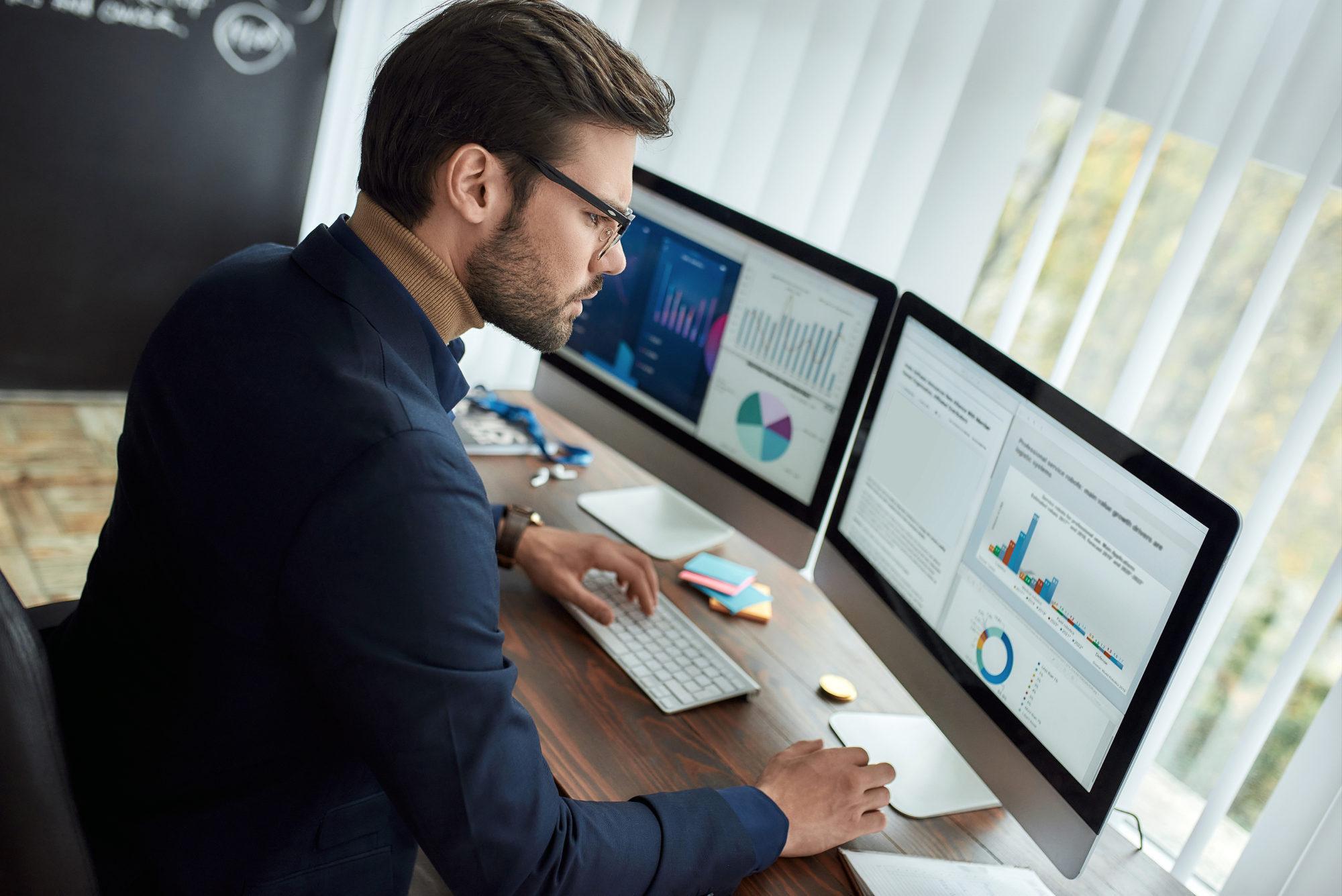 Does a Dual-Monitor Setup Improve Productivity?